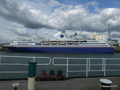 EXPLORER from ss SHIELDHALL Southampton PDM 22-08-2014 17-01-40