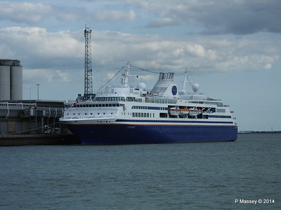 EXPLORER QEII Terminal Southampton PDM 22-08-2014 16-25-009