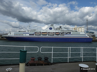 EXPLORER from ss SHIELDHALL Southampton PDM 22-08-2014 17-01-42