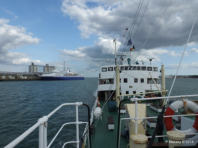 EXPLORER from ss SHIELDHALL Southampton PDM 22-08-2014 17-04-014