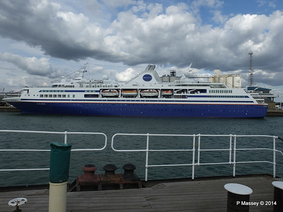 EXPLORER from ss SHIELDHALL Southampton PDM 22-08-2014 17-01-43