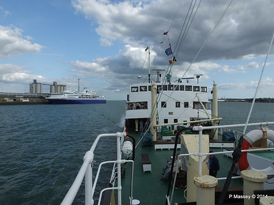 EXPLORER from ss SHIELDHALL Southampton PDM 22-08-2014 17-04-021