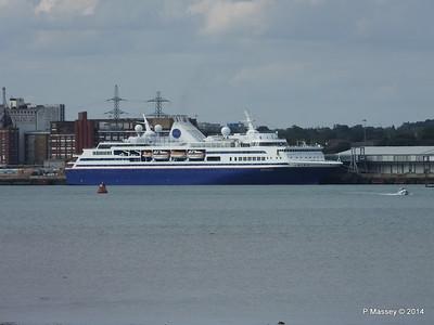 EXPLORER Semester at Sea Departing Southampton PDM 24-08-2014 16-21-030
