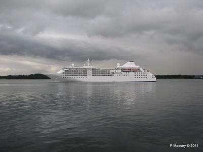 SILVER CLOUD Departing Southampton PDM 20-07-2011 21-05-55