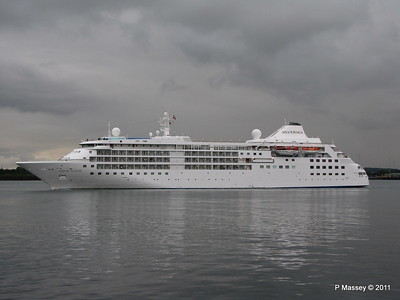 SILVER CLOUD Departing Southampton PDM 20-07-2011 21-05-26