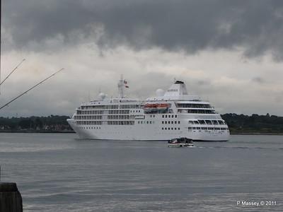 Alison MacGregor SILVER CLOUD Departing Southampton PDM 20-07-2011 21-08-26