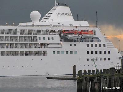 SILVER CLOUD Departing Southampton PDM 20-07-2011 21-02-44