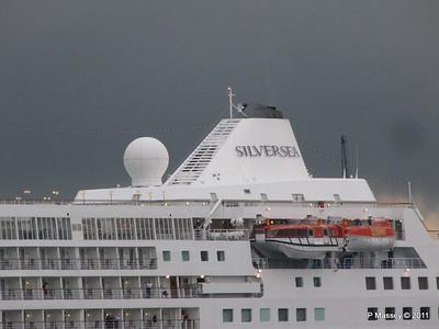 SILVER CLOUD Departing Southampton PDM 20-07-2011 21-02-39
