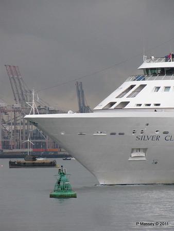 SILVER CLOUD Departing Southampton PDM 20-07-2011 21-03-28