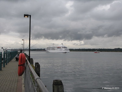 GREAT EXPRECTATIONS Alison MacGregor SILVER CLOUD Departing Southampton PDM 20-07-2011 21-08-14