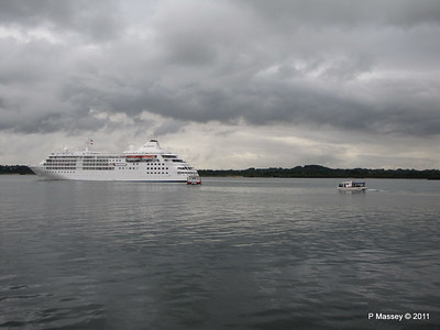 GREAT EXPRECTATIONS Alison MacGregor SILVER CLOUD Departing Southampton PDM 20-07-2011 21-07-00