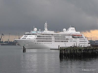 SILVER CLOUD Departing Southampton PDM 20-07-2011 21-02-28