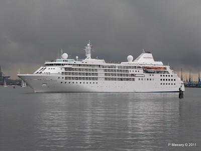 SILVER CLOUD Departing Southampton PDM 20-07-2011 21-03-20