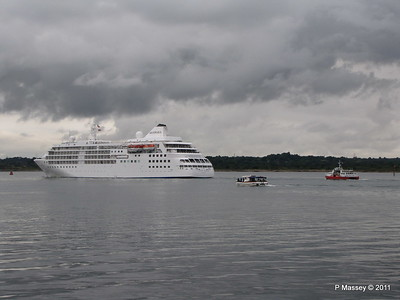 GREAT EXPRECTATIONS Alison MacGregor SILVER CLOUD Departing Southampton PDM 20-07-2011 21-07-40
