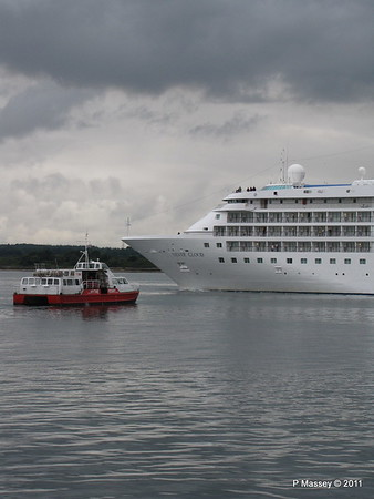 GREAT EXPECTATIONS SILVER CLOUD Departing Southampton PDM 20-07-2011 21-06-22