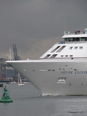 SILVER CLOUD Departing Southampton PDM 20-07-2011 21-03-26