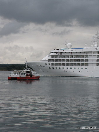 GREAT EXPECTATIONS SILVER CLOUD Departing Southampton PDM 20-07-2011 21-06-24