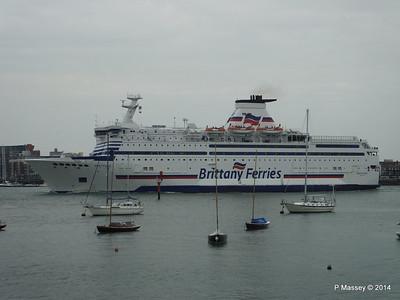 BRETAGNE Arriving Portsmouth PDM 31-05-2014 17-58-30