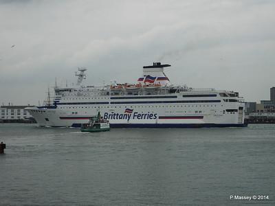 BRETAGNE Arriving Portsmouth PDM 31-05-2014 17-59-18