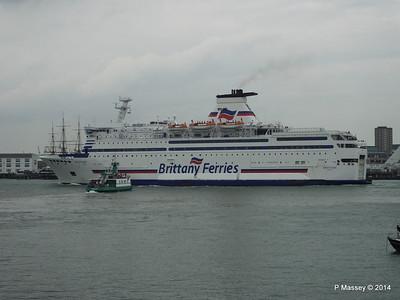 BRETAGNE Arriving Portsmouth PDM 31-05-2014 17-59-16