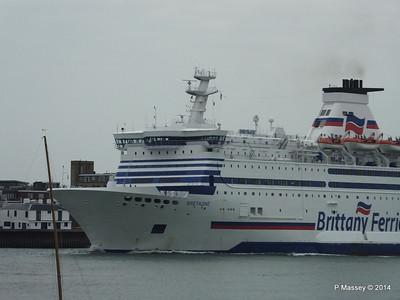 BRETAGNE Arriving Portsmouth PDM 31-05-2014 17-57-43