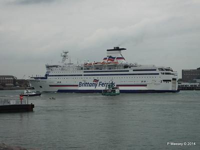BRETAGNE Arriving Portsmouth PDM 31-05-2014 17-59-23