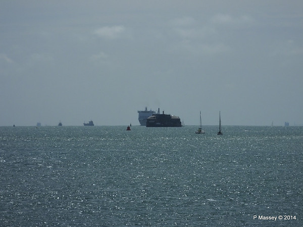 MONT ST MICHEL Approaching Portsmouth Spitbank Fort PDM 30-06-2014 12-36-21