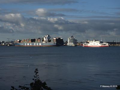 BRITANNIA between CMA CGM CORNEILLE RED FALCON Southampton PDM 12-09-2015 18-12-50
