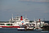RED FALCON RED EAGLE Passing behind ASHLEIGH R & SOLENT ROSE Hythe pier PDM 16-05-2016 17-15-30
