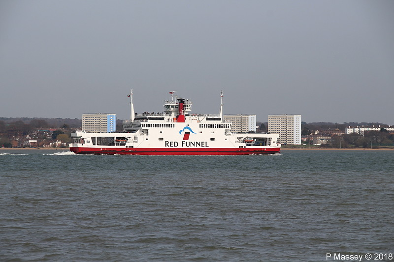 RED EAGLE Departing Southampton PDM 06-04-2018 07-15-10