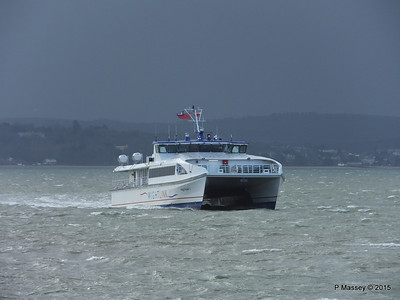 WIGHT RYDER I Approaching Portsmouth PDM 15-01-2015 13-04-026