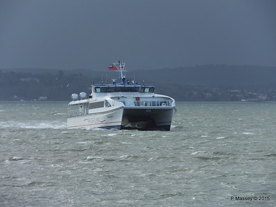 WIGHT RYDER I Approaching Portsmouth PDM 15-01-2015 13-04-23