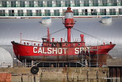 CALSHOT SPIT LIGHTSHIP Ocean Dock Southampton PDM 19-04-2015 16-28-13