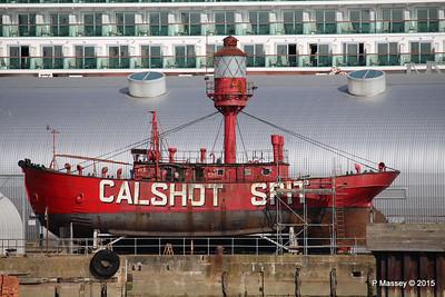 CALSHOT SPIT LIGHTSHIP Ocean Dock Southampton PDM 19-04-2015 16-28-04