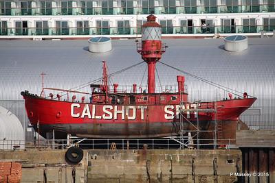 CALSHOT SPIT LIGHTSHIP Ocean Dock Southampton PDM 19-04-2015 16-28-11