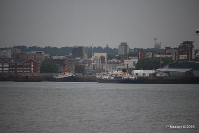 Tug Tender CALHSOT ss SHIELDHALL Southampton PDM 23-06-2016 19-31-07