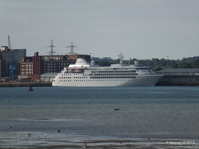 Distant SILVER CLOUD Southampton PDM 09-06-2013 17-38-36