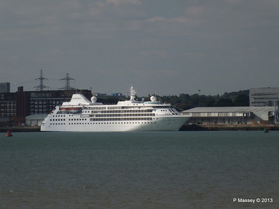 Distant SILVER CLOUD Southampton PDM 09-06-2013 17-03-57