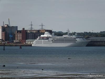 Distant SILVER CLOUD Southampton PDM 09-06-2013 17-38-59