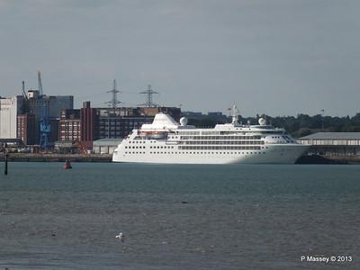 Distant SILVER CLOUD Southampton PDM 09-06-2013 17-29-22