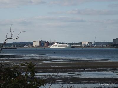 Distant SILVER CLOUD Southampton PDM 09-06-2013 17-44-40
