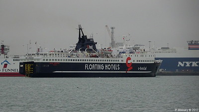 WIND SOLUTION Departing Southampton PDM 23-12-2017 11-27-37