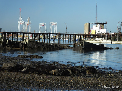Wreck at Marchwood visible low tide PDM 29-12-2013 12-39-42