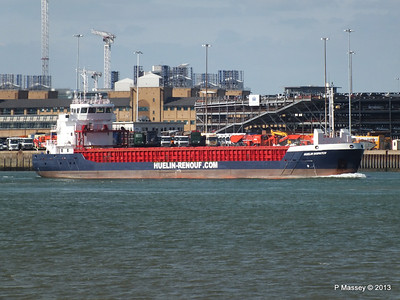 HUELIN DISPATCH Departing Southampton PDM 09-06-2013 17-29-07