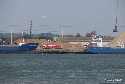 PERFORMER PENHAR Bulk Freight Lorry Southampton PDM 13-05-2016 12-42-59