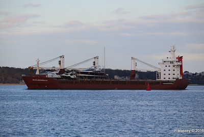 ANJELIERSGRACHT with Yachts Inbound Southampton PDM 16-04-2016 18-48-57