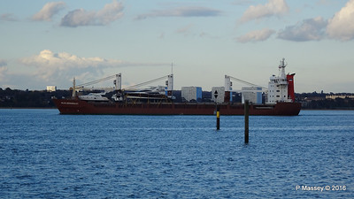 ANJELIERSGRACHT with Yachts Inbound Southampton PDM 16-04-2016 18-49-59