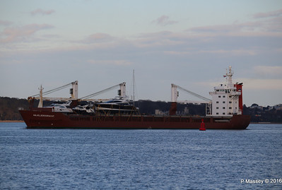 ANJELIERSGRACHT with Yachts Inbound Southampton PDM 16-04-2016 18-48-58