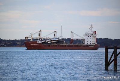 ANJELIERSGRACHT with Yachts Inbound Southampton PDM 16-04-2016 18-47-57
