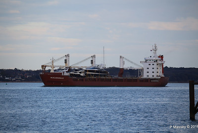 ANJELIERSGRACHT with Yachts Inbound Southampton PDM 16-04-2016 18-48-01